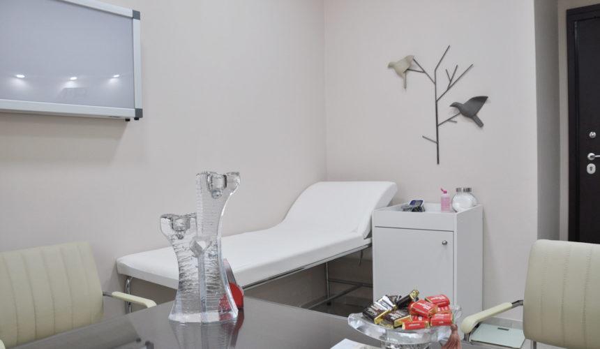 Γενικός Ιατρος - Ακτινοδιαγνώστης - Ενδοκρινολόγος - Ορθοπεδικός - Πνευμονολόγος - Υπέρηχος